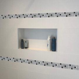 14. M670 - Streifen Badezimmer