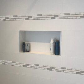 B032 - Badezimmer Streifen