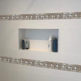 3 . b519 Streifen Badezimmer