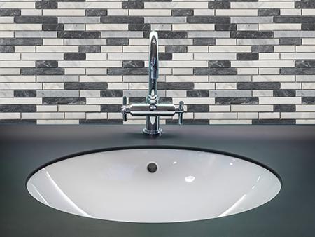 M014 - Badezimmer Vorderansicht