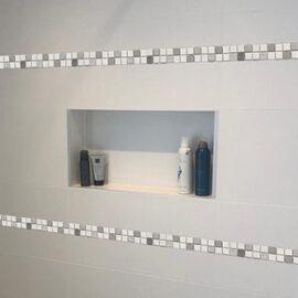 B033 - Badezimmer Streifen