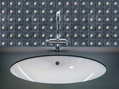 5. M520 - Badezimmer Vorderansicht