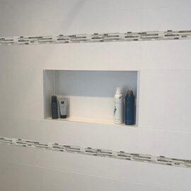 B016 - Badezimmer Streifen