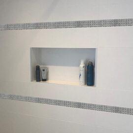 B046 - Badezimmer Streifen