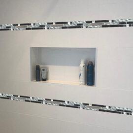 B047 - Badezimmer Streifen